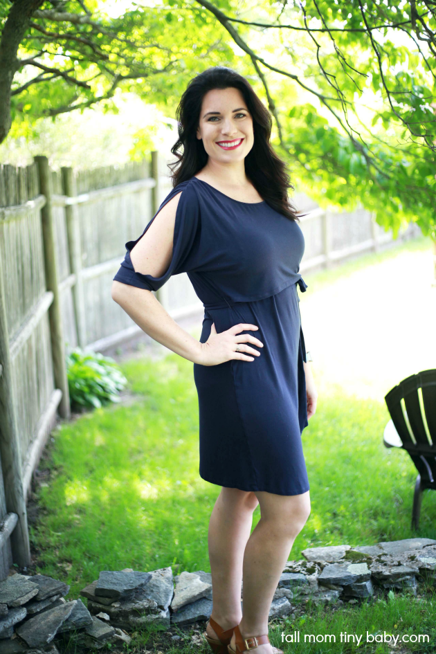 Adorable breastfeeding friendly nursing dress by Milk Nursingwear - full review